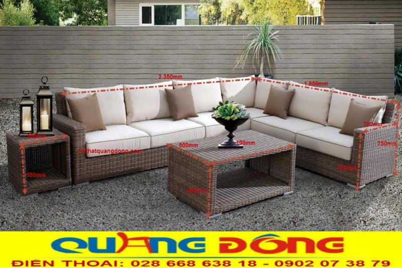 sofa giả mây với thiết kế cân đối, nhỏ gọn và có thể thay đổi phù hợp