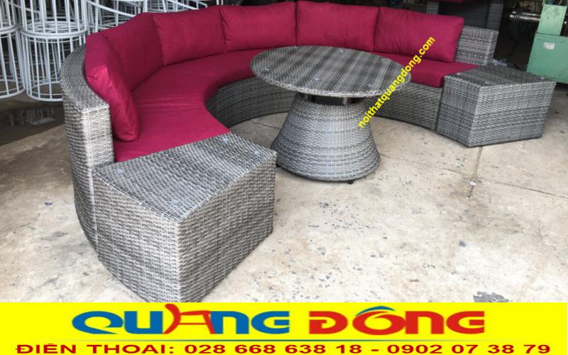 Góc nhìn khác của sofa mây nhựa QD-605 khi thay đổi tạo hình
