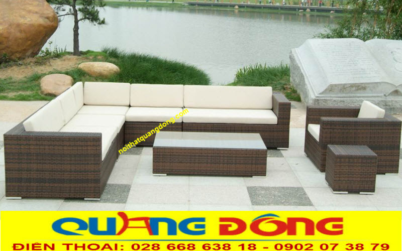 mẫu sofa mây nhựa QD-613 được sử dụng ngoài sân vườn đẹp rộng va thoáng