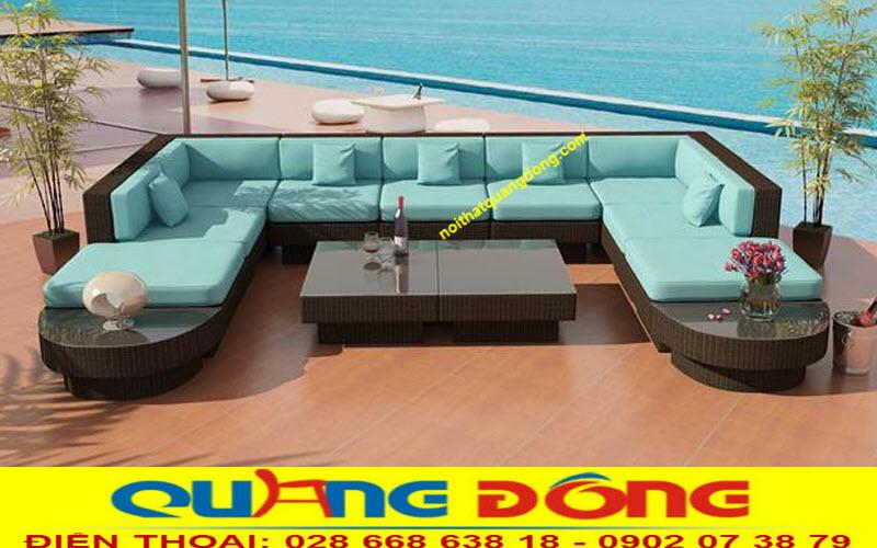 nếu đặt sofa cạnh biển thì mẫu QD-643 màu xanh dương hòa quyện với mây trời là tuyệt hảo nhất