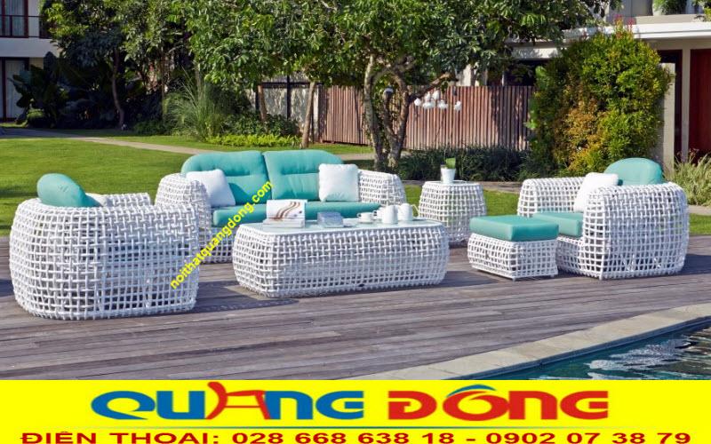 Mẫu sofa mây nhựa sân vườn QD-650 thiết kế mới lạ với bảng dây nhựa giả mây 14 ly